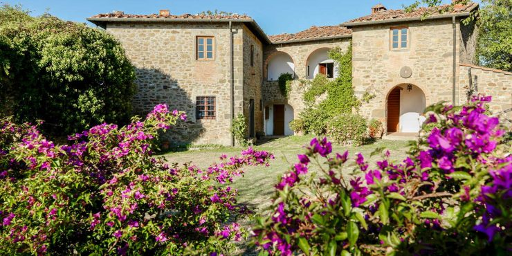 Tuscan farmhouse home
