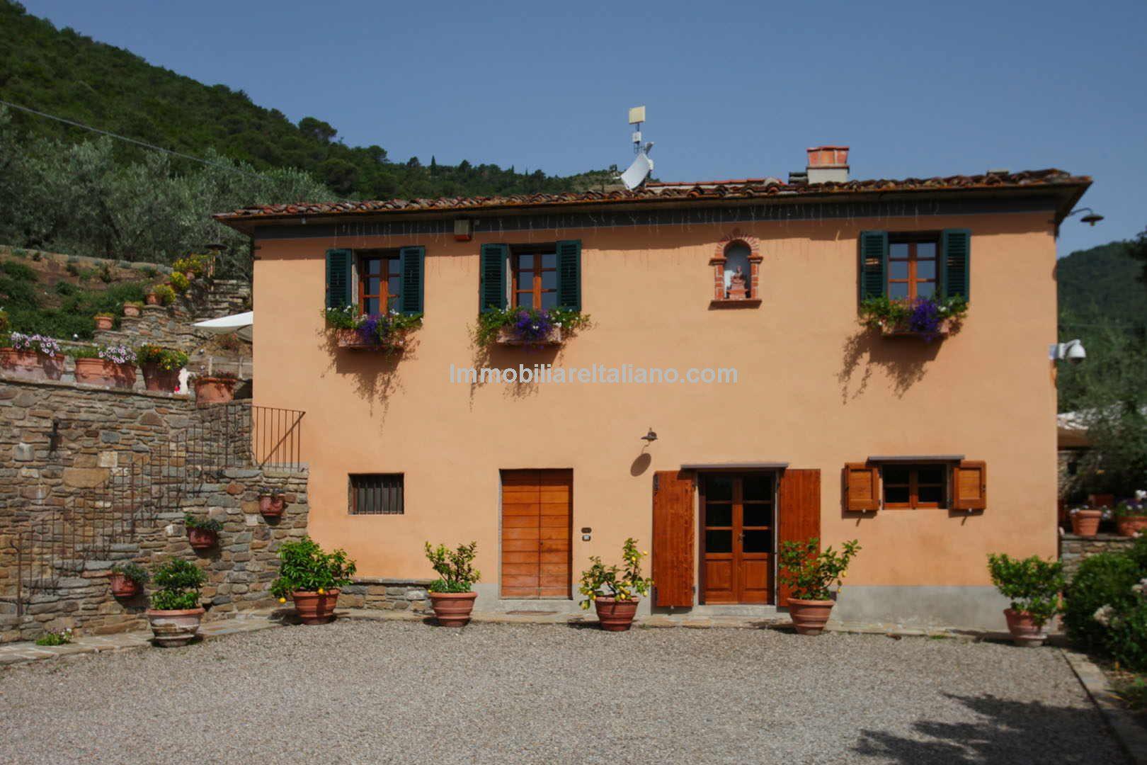 Castiglion Fiorentino Tuscan villa