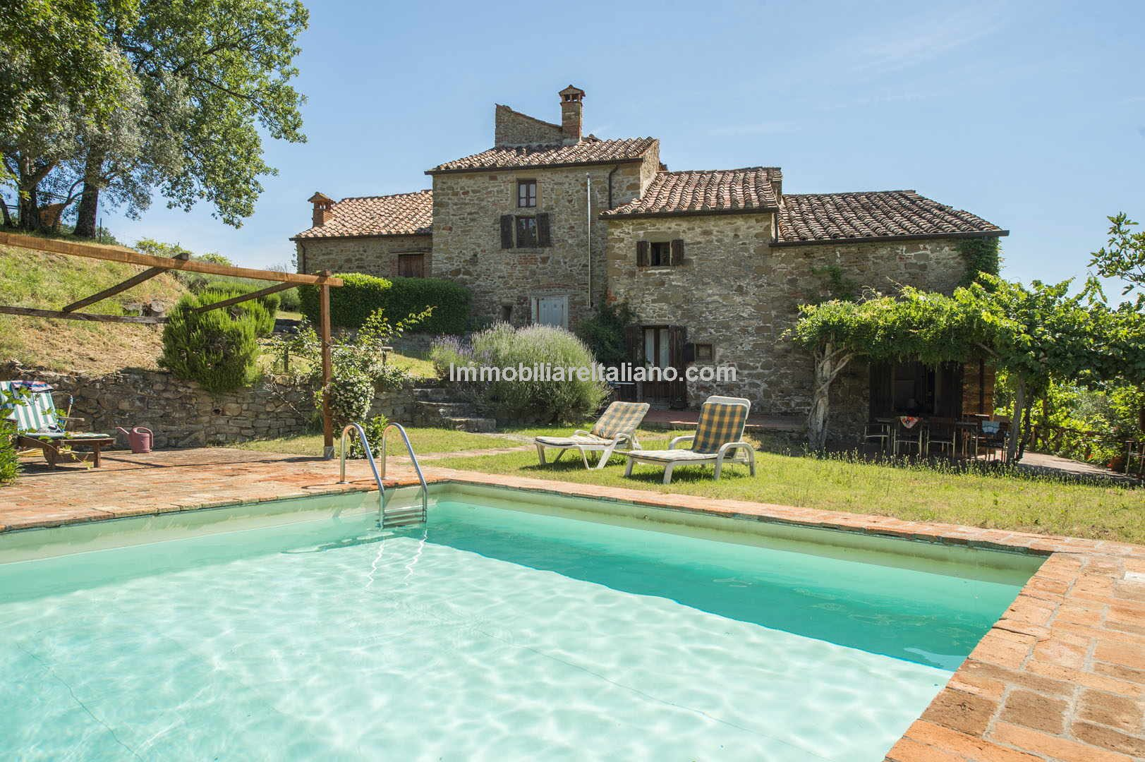 Large farmhouse in Tuscany with pool