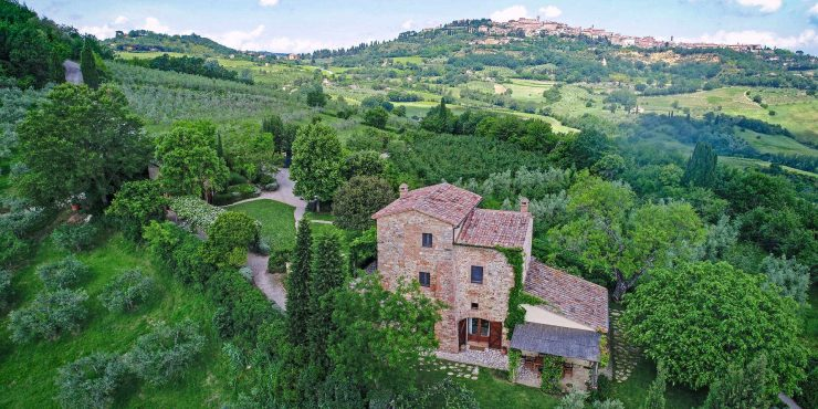 Montepulciano Tuscany Restored Farmhouse