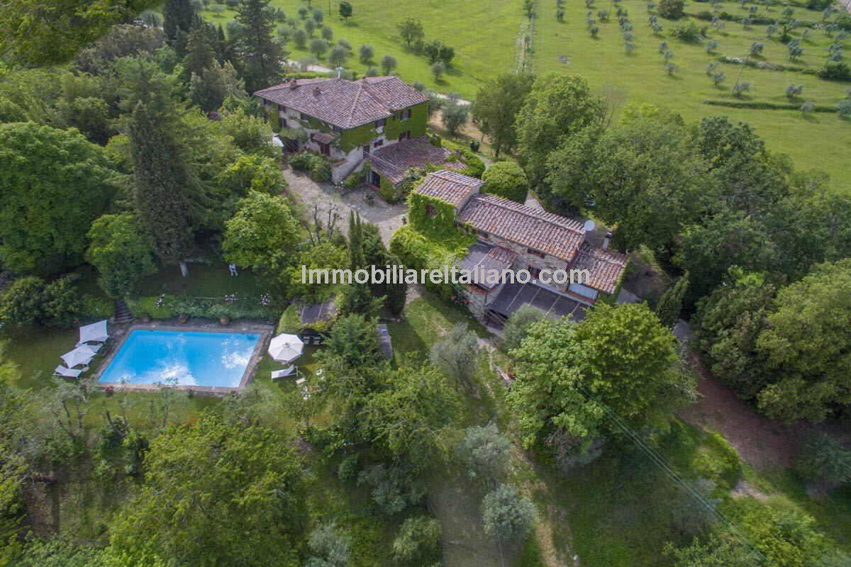 Stone built Tuscan Properties