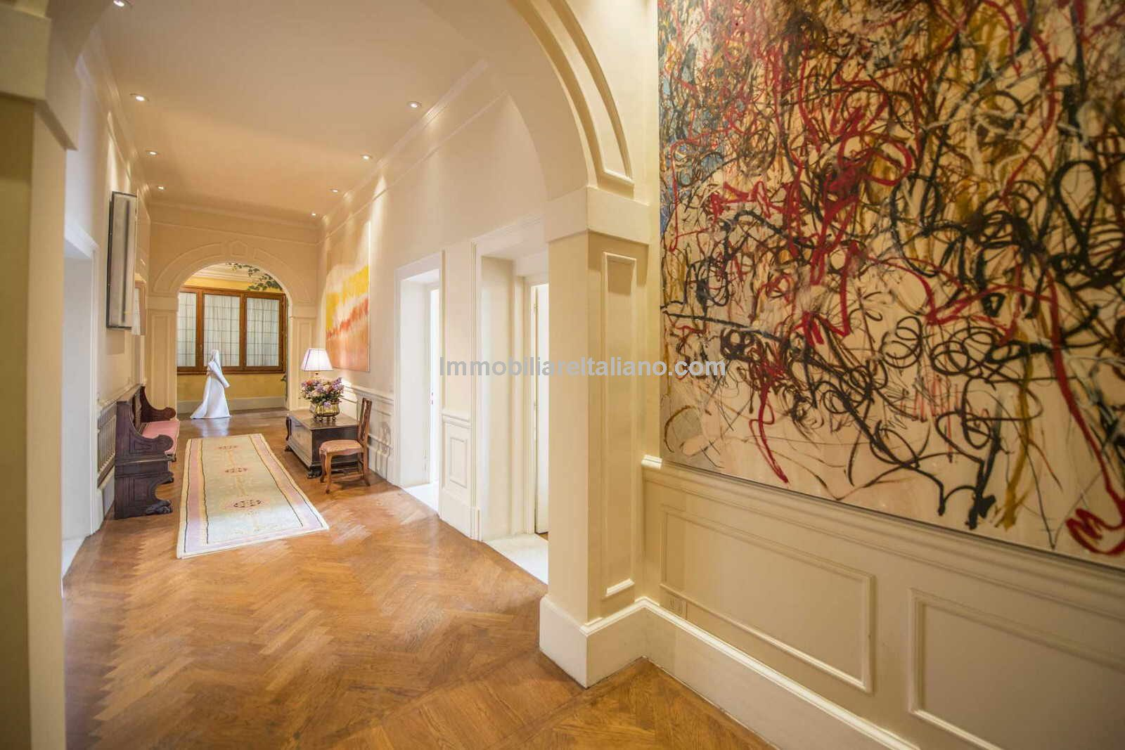 Apartment for sale Central Florence Italy Immobiliare Italiano
