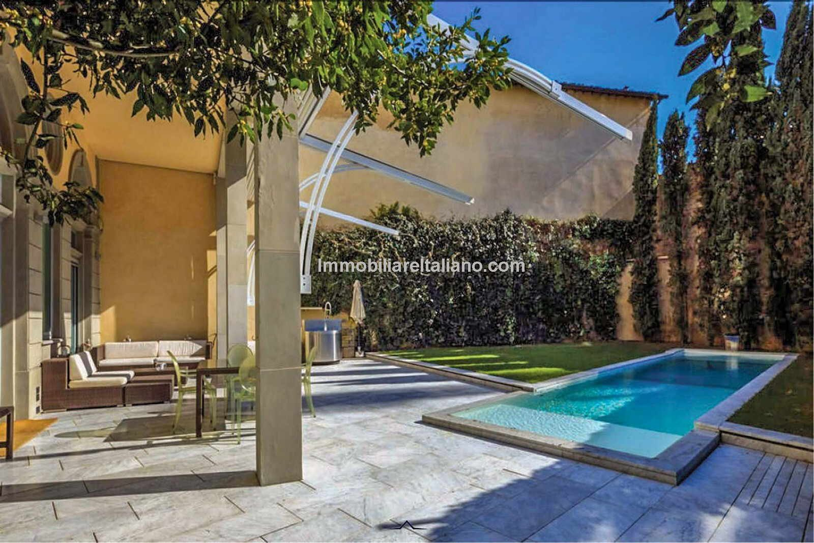 Florence apartment with own pool and garden