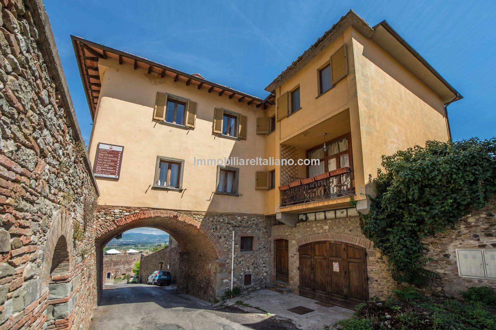 Unique Tuscan Property