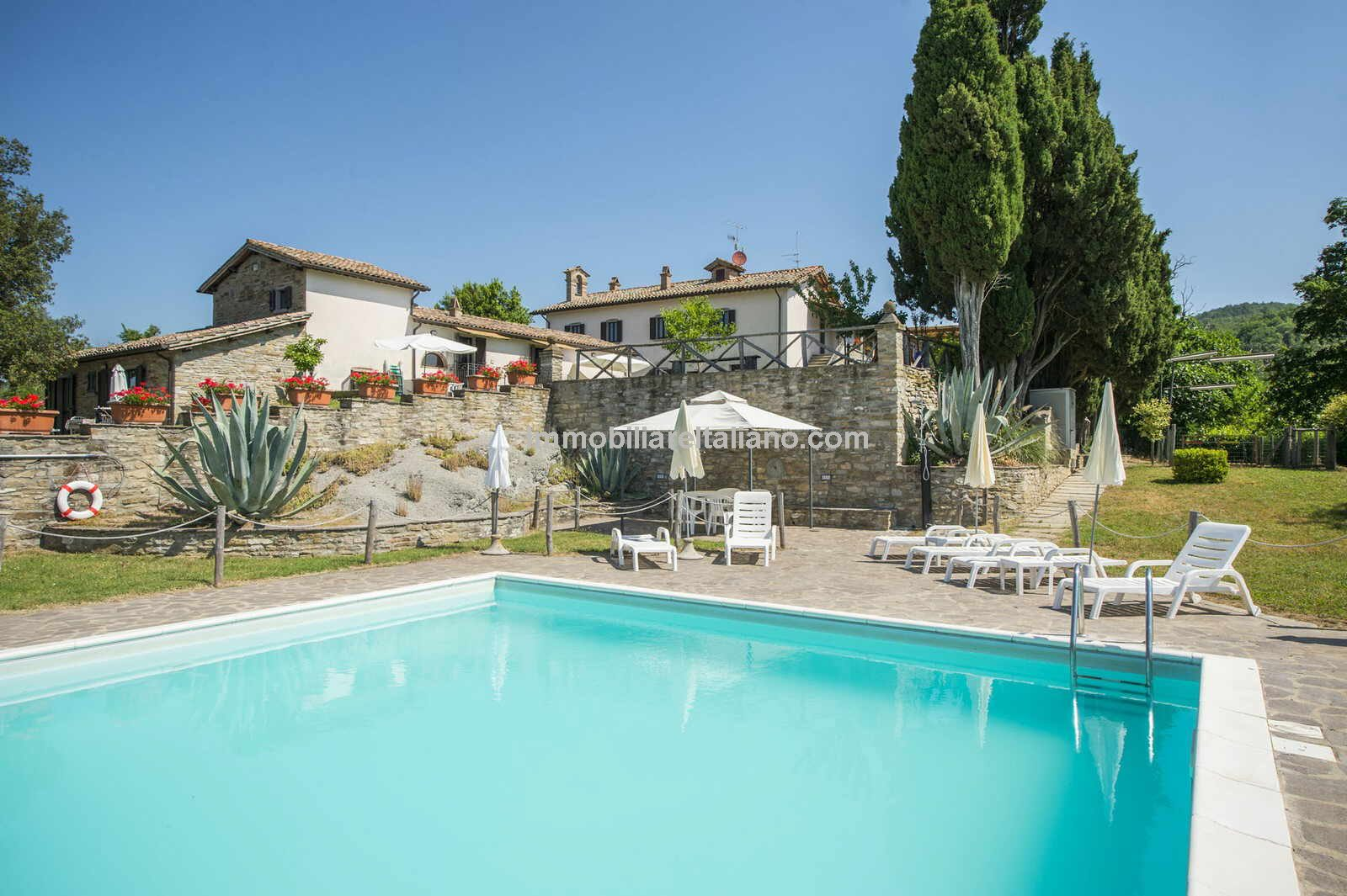 Umbria estate holiday accommodation business for sale