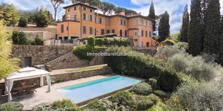 Florence villas for sale