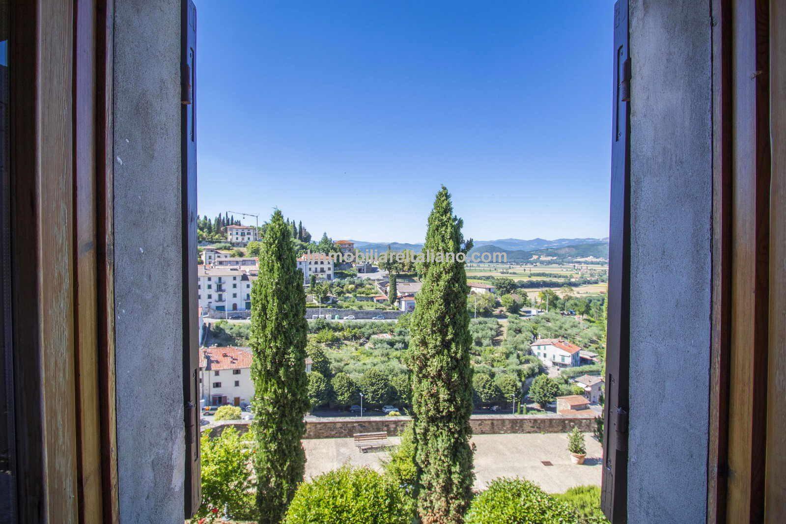 Panoramic view from Anghiari townhouse window