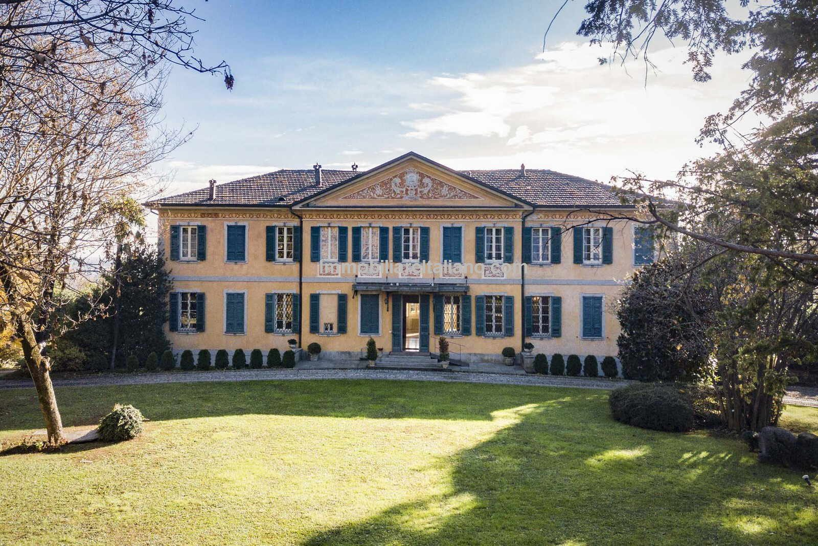 External view of superb Luxury Italian home